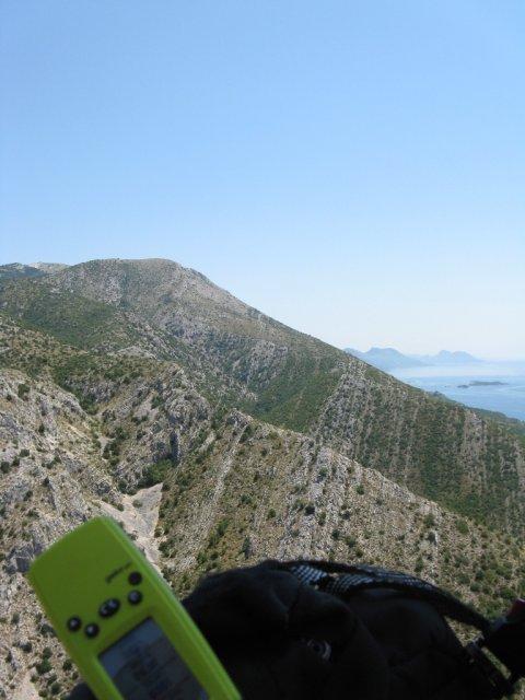 Pod vrhom zadnjega grebena je štart nad Perno (600m)